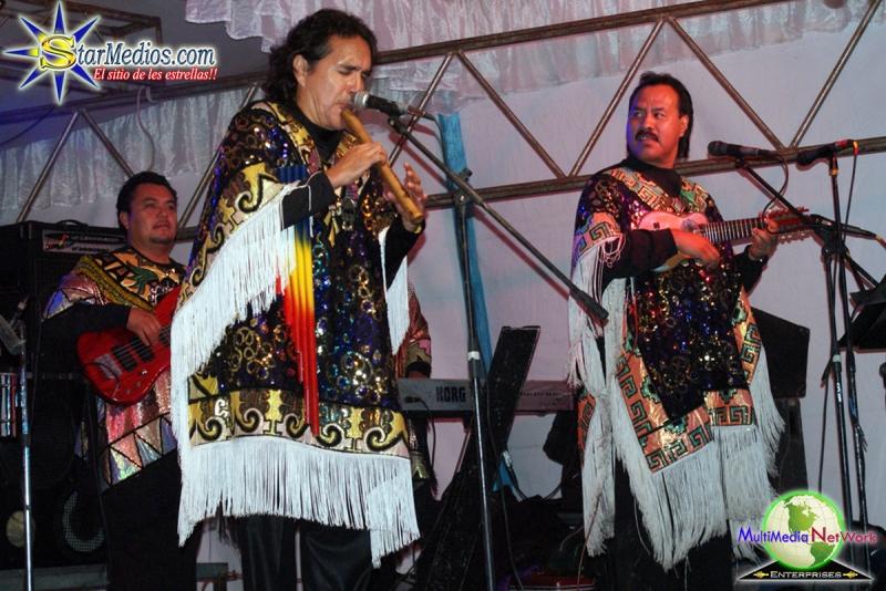 Cumbia andina con Los Askis en vivo